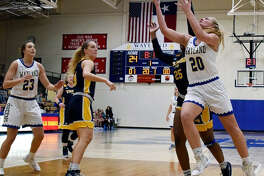 Senior post Deborah VanDijk is closing in on the 1,000 career-point club as she and the Wayland Baptist Flying Queens eye a run at a national championship.