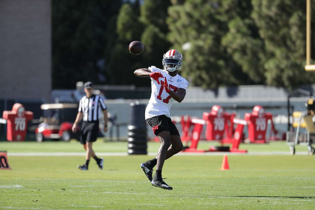 San Francisco 49ers Wide Receiver Emmanuel Sanders (#17) participates in his first practice at the 49ers training facility at Levi's Stadium in Santa Clara, Calif. on Wednesday, October 23, 2019.