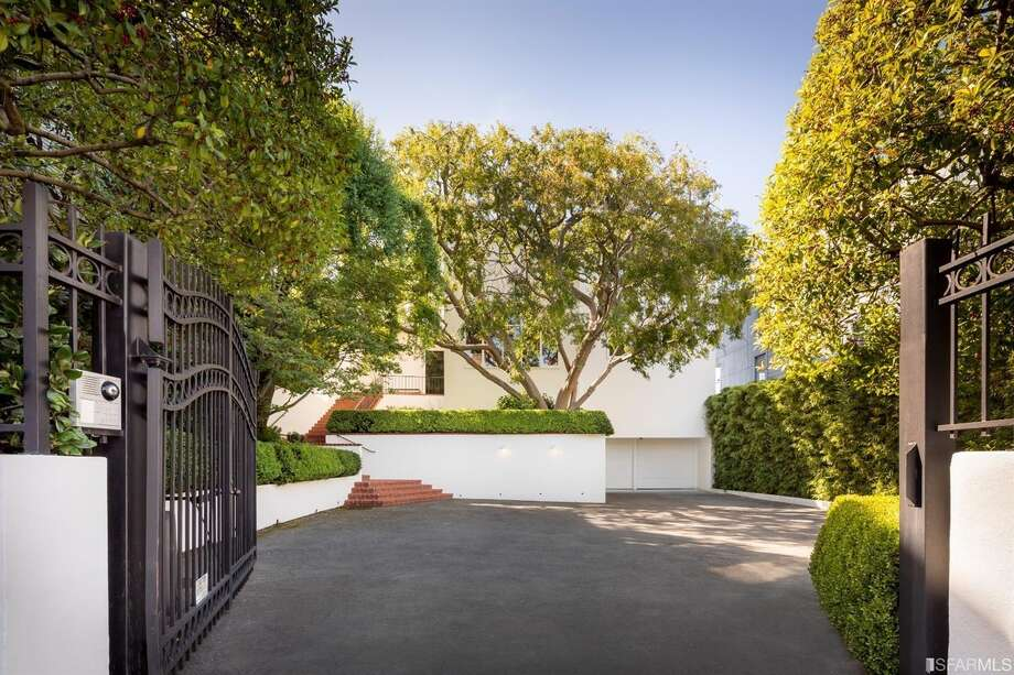 The 1939 home sits behind a gate and has a seven-car motor court. Photo: Jacob Elliot