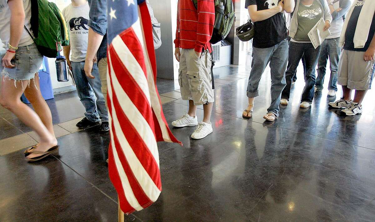 POLLINGFEATURES_046_RAD.jpg SHOWN: A busy polling place--this is the line waiting to get in. We go to the polling place in Heller Lounge, which is inside the Student Union Building on the University of California at Berkeley campus. These photos made on Tuesday, Nov. 7, 2006, in Berkeley, CA. (Katy Raddatz/San Francisco Chronicle) **