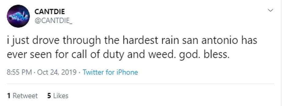 San Antonians tweet about the rain that took over the city Thursday evening. Photo: Twitter: @CANTDIE_