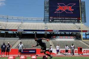 Cedric Reed #42 of Texas participates in drills during the XFL Summer Showcase at TDECU Stadium in Houston, TX on Saturday, June 8, 2019.