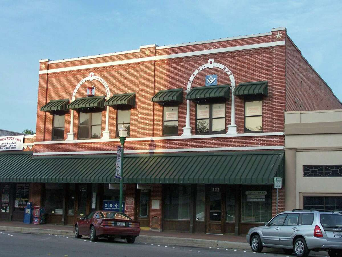 Today the Capital Drug Store building appears much the same as it looked in its early days on the eastern side of the courthouse. The building houses law offices and several other businesses.