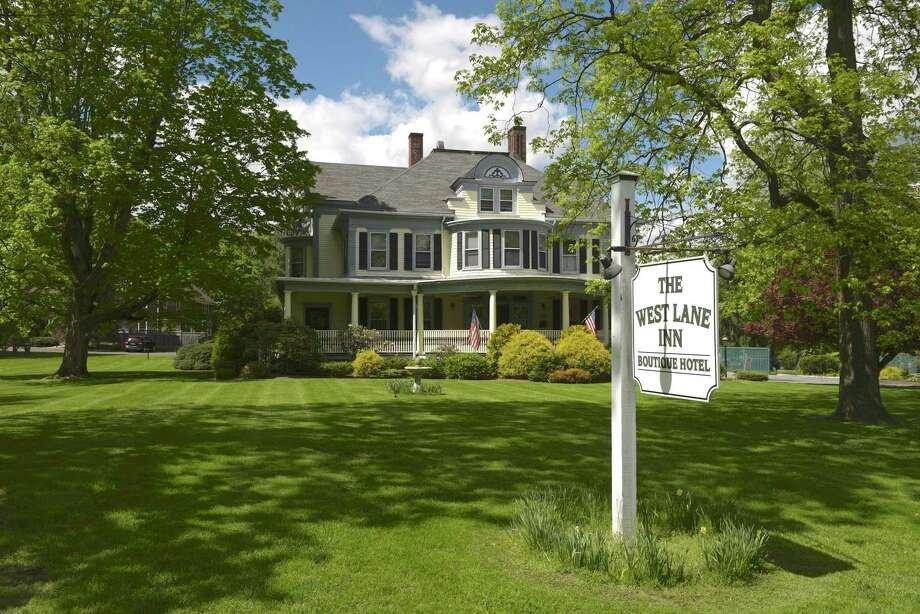 The West Lane Inn has sold for $2,305,000. Photo: H John Voorhees III / Hearst Connecticut Media / The News-Times