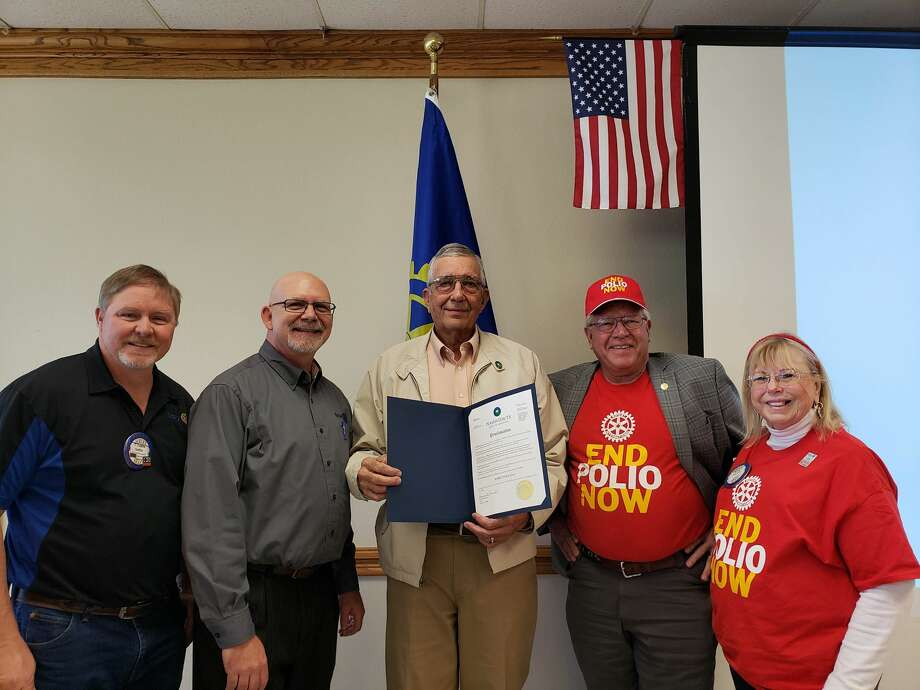 Plainview Rotarians recognize World Polio Day on Tuesday. Pictured: Mayor Wendell Dunlap (center) with club foundation chair Leslie Gattis, president Jay Givens, District 5730 PolioPlus chair Charles Starnes, and Rotarian Susie Starnes. Photo: Courtesy Photo/Plainview Rotary Club