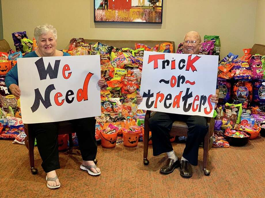 The residents at Heartis Senior Living received generous heaps of candy donations after asking on a Facebook post to host an event for neighborhood kids to have a fun and safe place for trick-or-treating on Halloween. Photo: Courtesy Of Heartis Senior Living