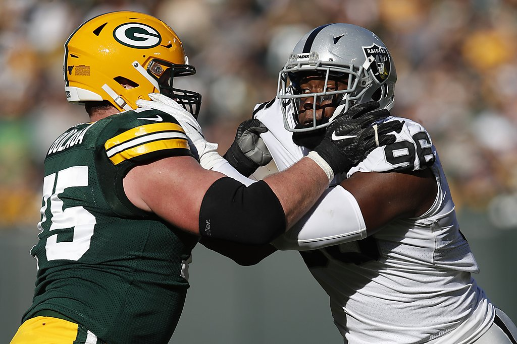 Raiders rookie Clelin Ferrell learning ins and outs...