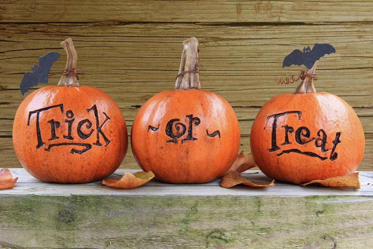 Wilton Library will host Halloween crafts on Sunday.