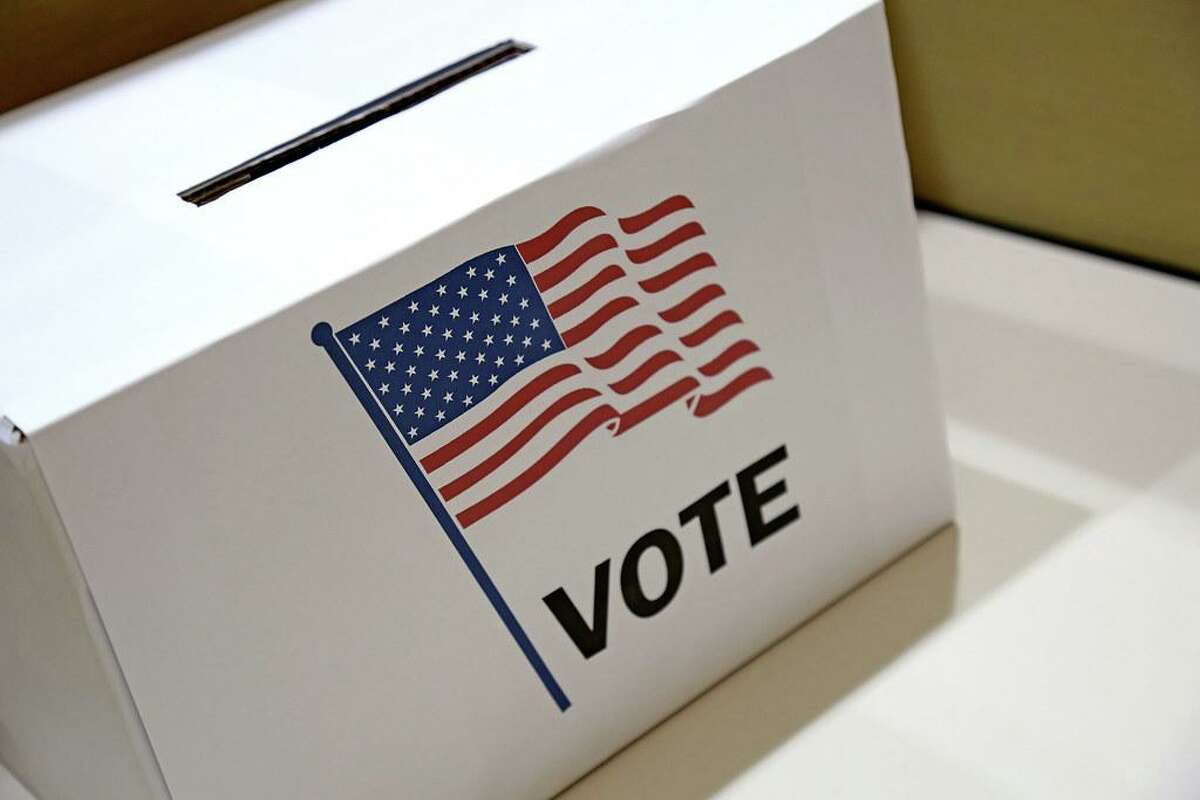 There will be a special voter enrollment session on July 28.