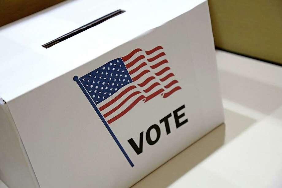There will be a special voter enrollment session on July 28. Photo: Contributed Photo / Wilton Bulletin Contributed