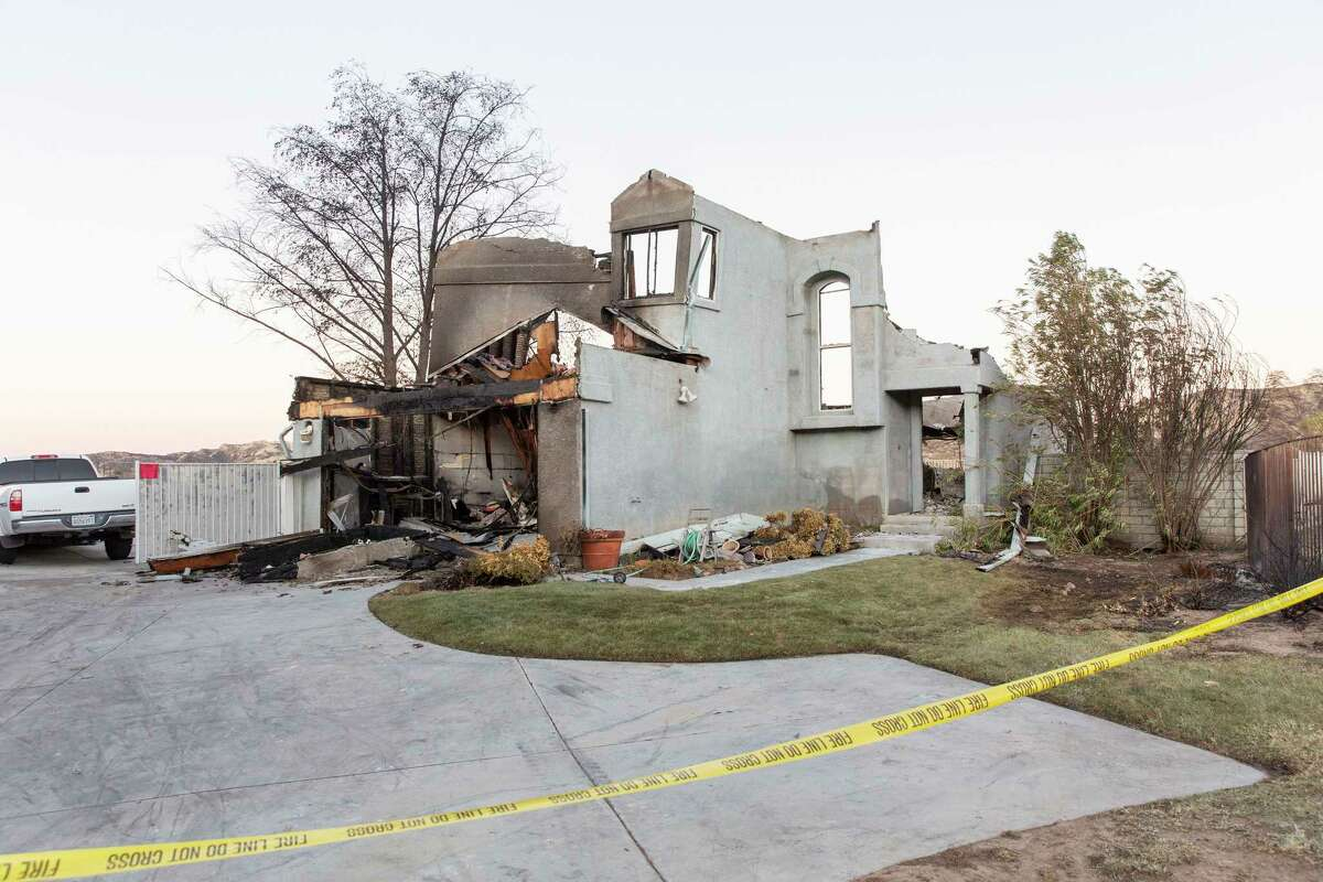 A residence damaged by the Tick Fire in Santa Clarita, Calif., on Saturday, Oct. 26, 2019. (Allison Zaucha/The New York Times)