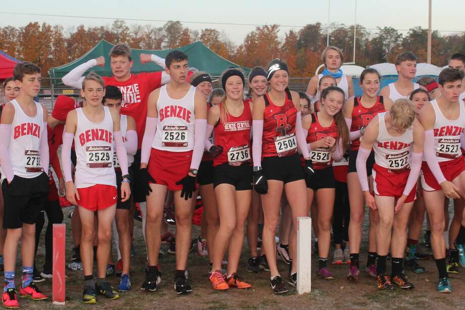 Benzie Central JV runners compete in the open race to start off regionals on Oct. 26. Photo: Robert Myers