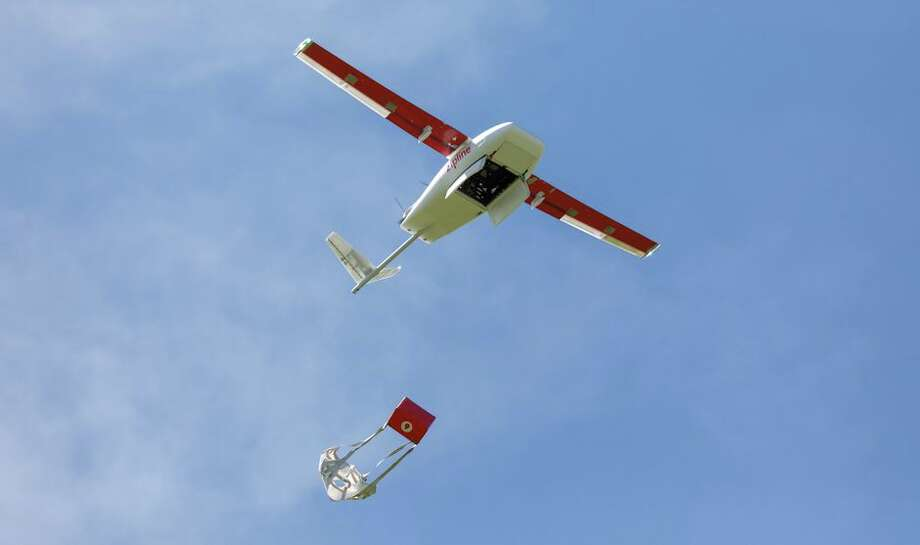 A Zipline drone drops a test package over a test site on a ranch in Northern California. Photo: Stephen Shankland/CNET
