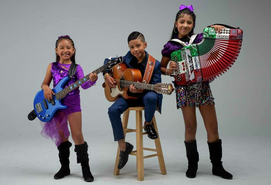 Los Luzeros de Rioverde is a Houston-based family band featuring three siblings, all under the age of 14. They play norteño music and have a huge social media following, including 270,000 Facebook followers and 24,000 on Instagram. Photographed on Friday, Oct. 18, 2019, in Houston. Photo: Godofredo A. Vásquez, Houston Chronicle / Staff Photographer / © 2019 Houston Chronicle