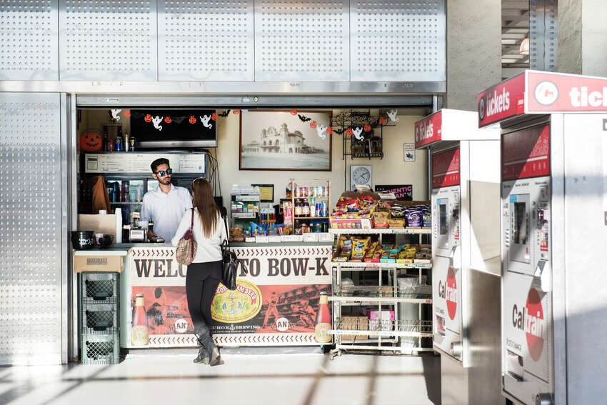 Bow-K (Located in San Francisco's main CalTrain station) offers beer, wine, liquor, snacks, news and more for commuters.