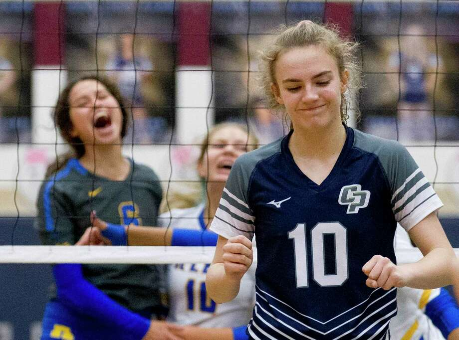 College Park middle blocker Cassidy Copeland (10) reacts after missing a block during the first set of a District 15-6A high school volleyball match, Tuesday, Oct. 29, 2019, in The Woodlands. Photo: Jason Fochtman, Houston Chronicle / Staff Photographer / Houston Chronicle