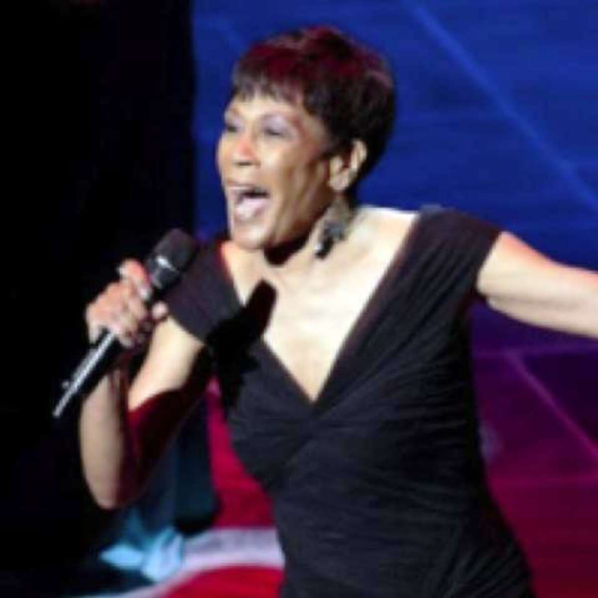 Daryl's House welcomes Bettye Lavette on Friday.