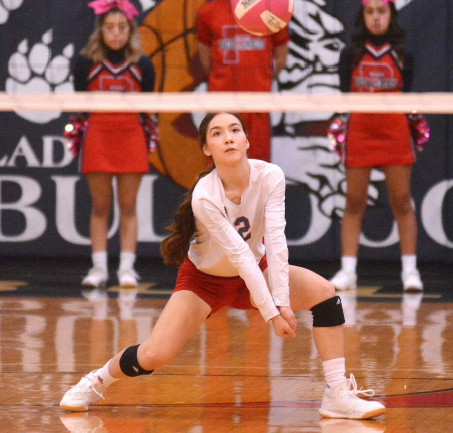 Plainview senior Hannah Rodriguez comes up with the dig in the Lady Bulldogs' 3-0 loss to Lubbock Coronado in District 3-5A volleyball action on Tuesday in the Dog House. Photo: Nathan Giese/Planview Herald