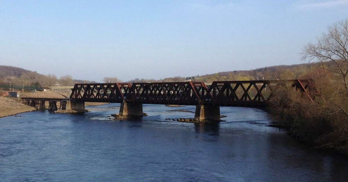 A 2013 photo of the Housatonic Railroad bridge between Derby and Shelton.