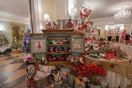 Lounsbury House will host a Champagne Preview Party for its 19th Biennial Holiday Tree Festival on Thursday, Nov. 14, beginning at 6:30 p.m. The festival runs from Nov. 15-17.