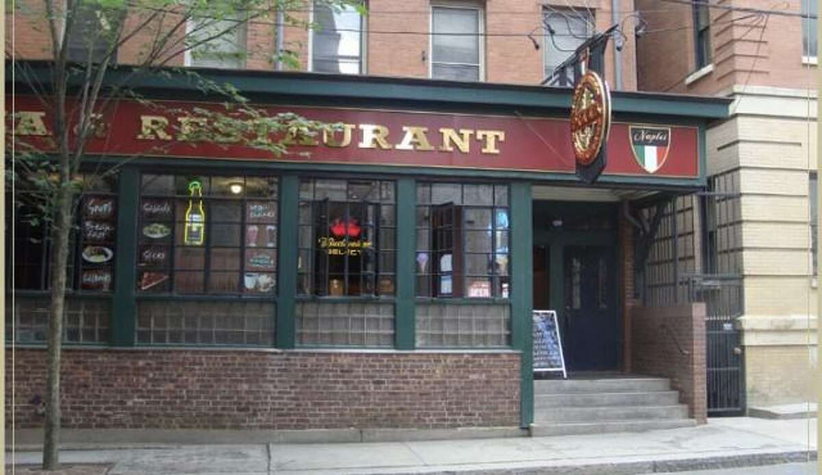 Wall Street Pizza & Restaurant in New Haven, a longtime hangout spot for the Yale University community, closed last weekend.