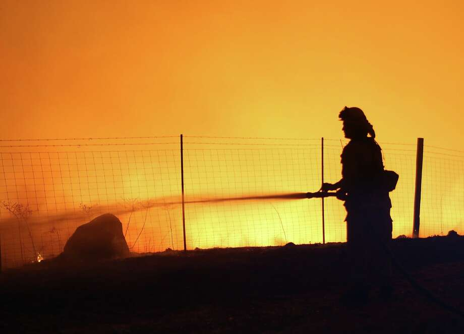 Award-winning wildfire photographer Matthew Henderson turns his camera toward the devastation of the Kincade Fire. Photo: Matthew Henderson