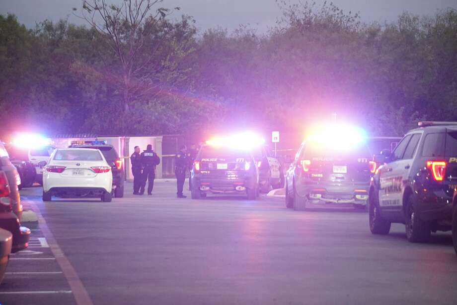 Man in serious condition after he was shot during a suspected drug deal on the South Side. Photo: Jacob Beltran