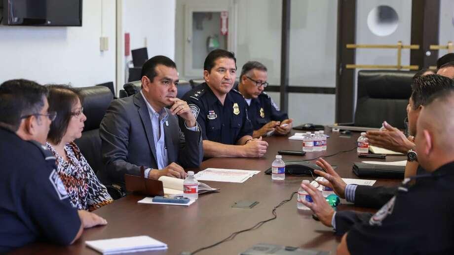 El alcalde de Nuevo Laredo Enrique Rivas se reunirá este jueves en Laredo con personal de la Oficina de Aduanas y Protección Fronteriza. Photo: Foto De Cortesía /Gobierno Municipal De Nuevo Laredo