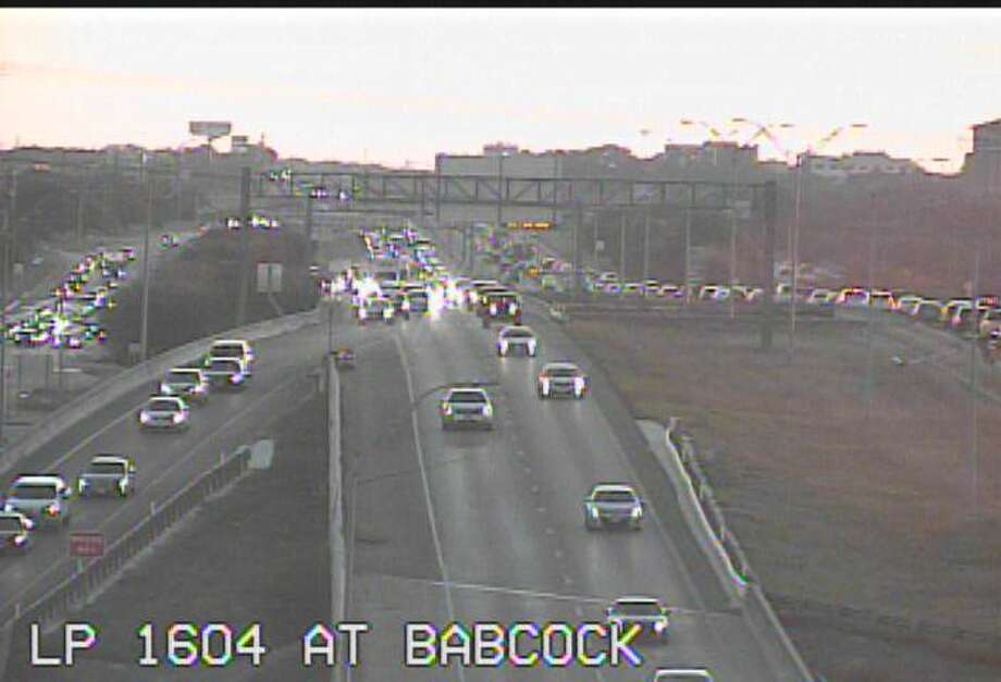 The crash on Loop 1604 westbound has been cleared, according to cameras from the Texas Department of Transportation. Photo: TxDOT