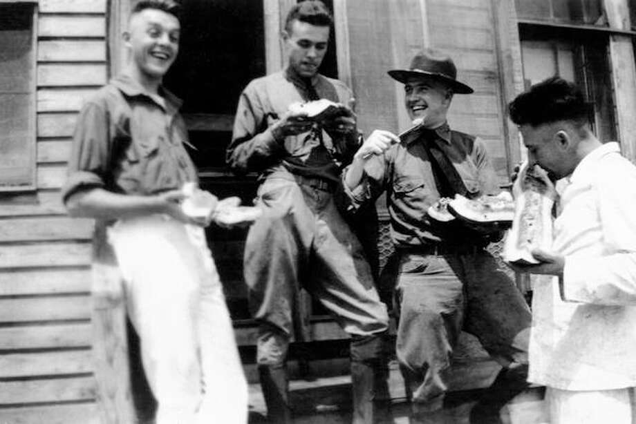 Soldiers enjoy an afternoon treat. Photo: Getty Images