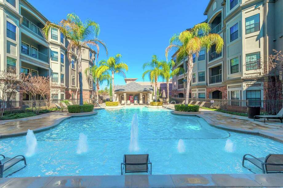 The Harbor View Apartments at 4855 Magnolia Cove Drive in Kingwood will be renamed JaXon by the new owner, American Landmark Apartments. Photo: American Landmark Apartments / Mel Garrett