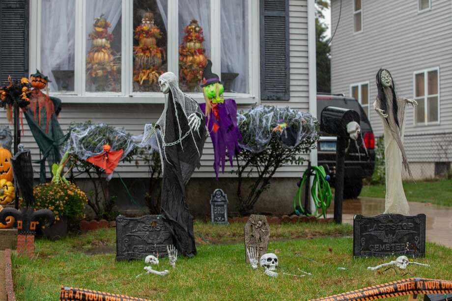 Halloween scenes from West Haven 2019. Photo: Lisa Nichols/Hearst CT Media