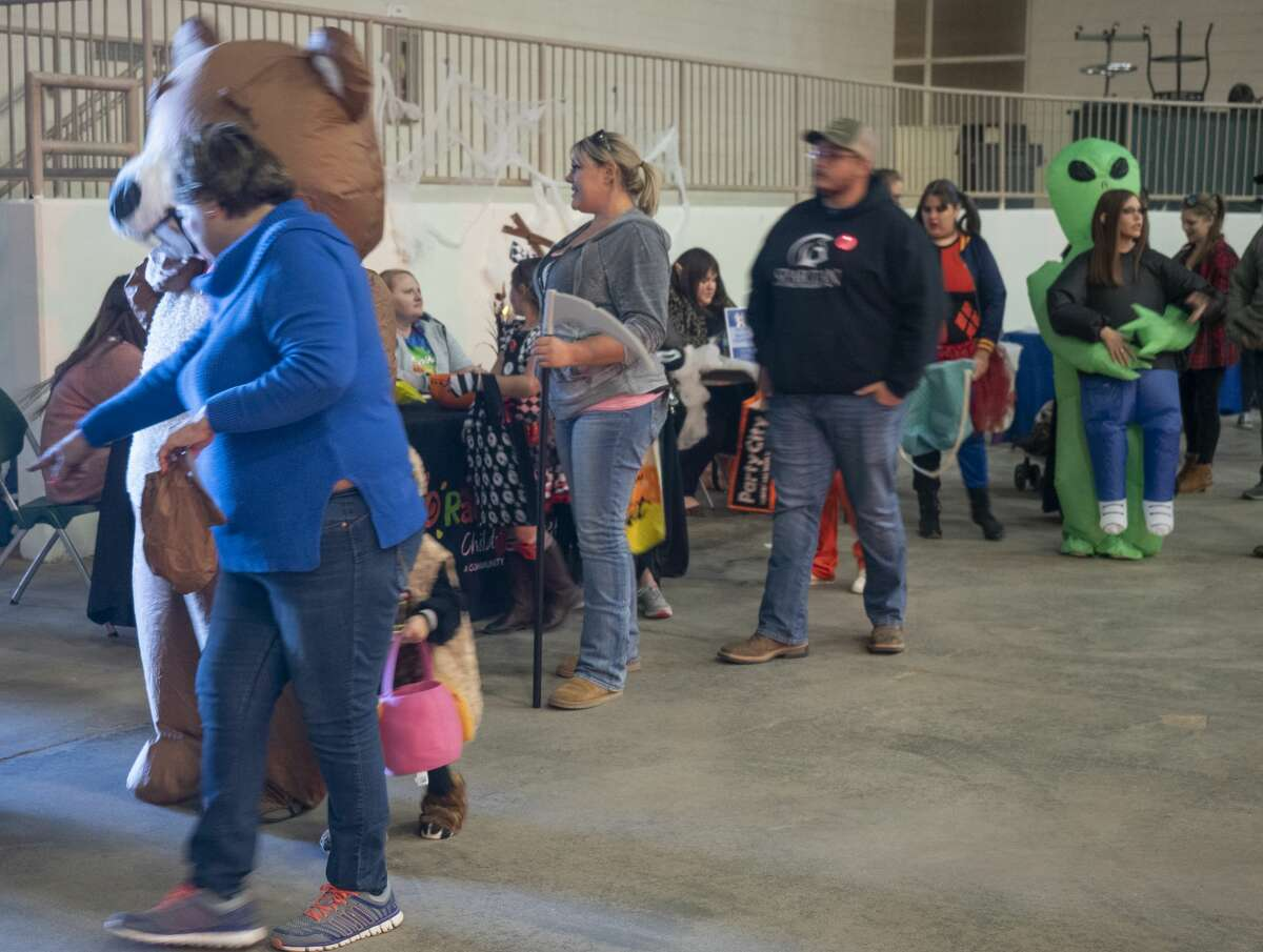 Midland County Sheriff's Office hosts a trunk or treat with invited area businesses 10/31/19 in the Horseshoe Arena. Tim Fischer/Reporter-Telegram