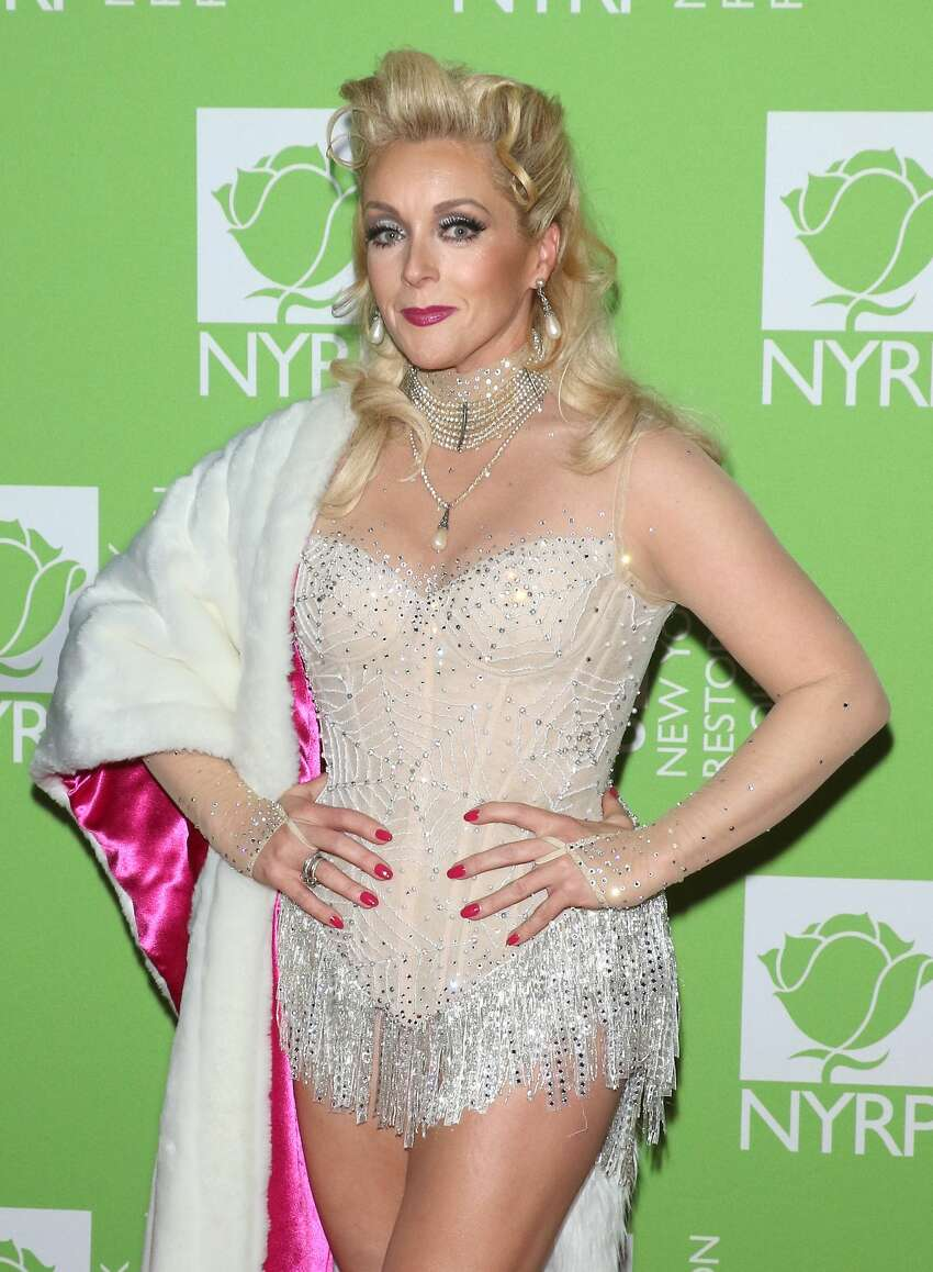 NEW YORK, NEW YORK - OCTOBER 31: Actress Jane Krakowski attends Bette Midler's 2019 Hulaween at New York Hilton Midtown on October 31, 2019 in New York City. (Photo by Jim Spellman/WireImage)