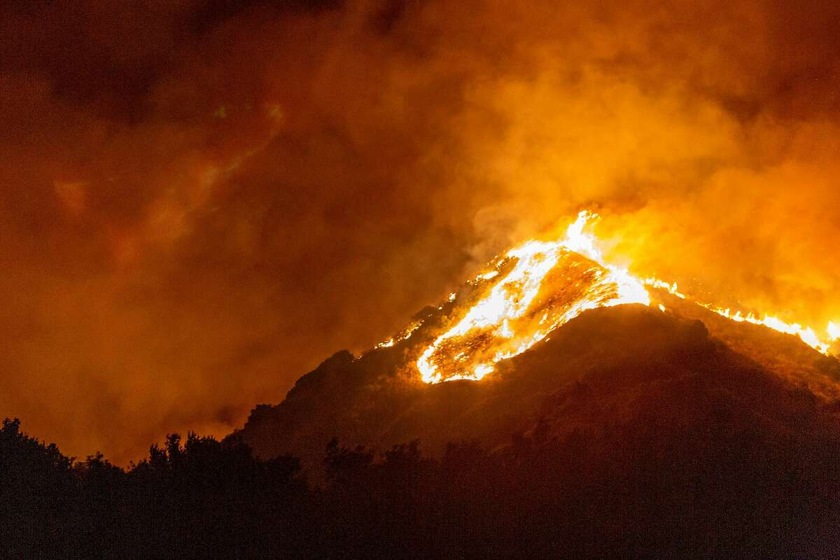The Maria Fire burns a hillside near Somis (Ventura County). Mandatory evacuations were in place for about 7,500 people.