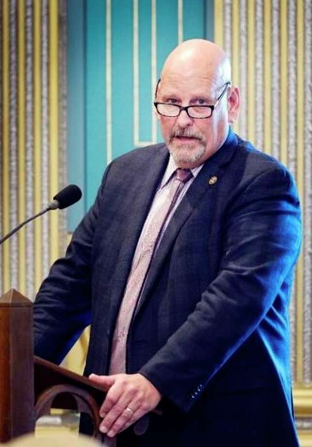 Sen. Curt VanderWall, R-Ludington, speaks on the Senate floor in support of his resolution that will help ensure Michigan cancer patients have access to treatment. (Courtesy Photo)