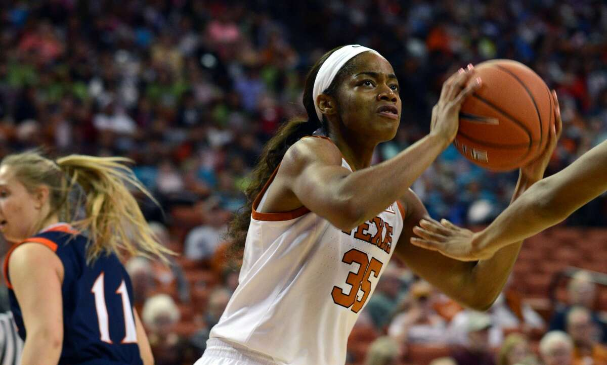AUSTIN, TX - NOVEMBER 28: Texas Longhorn forward Charli Collier gets ready to shoot during game against the UTSA Roadrunners on November 28, 2018 at the Frank Erwin Center in Austin, TX. (Photo by John Rivera/Icon Sportswire via Getty Images)