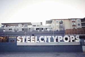 Steel City Pops has closed both of its San Antonio storefronts.