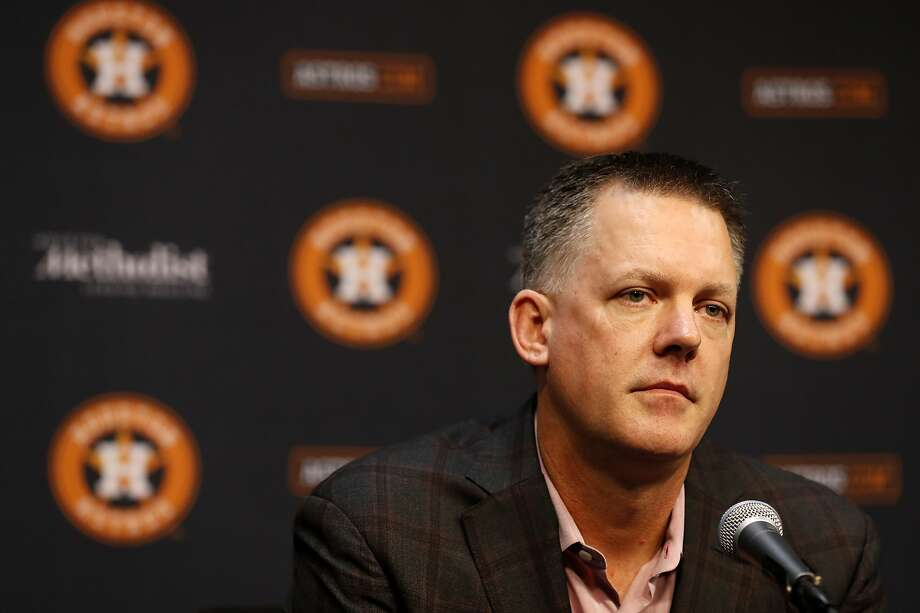 Houston Astros manager AJ Hinch speaks to the media during a press conference Jeff Luhnow, president of baseball operations at Minute Maid Park, Friday, Nov. 1, 2019, in Houston. Photo: Karen Warren, Staff Photographer