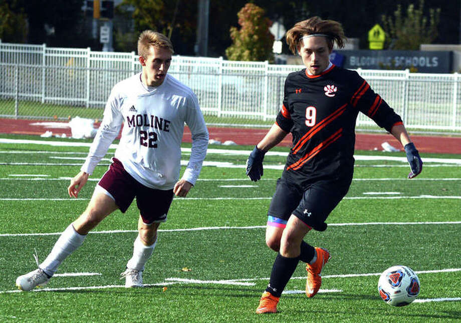 Edwardsville-Moline soccer Photo: Scott Marion | For The Telegraph