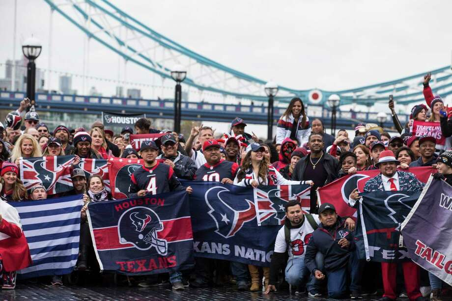 Texans Fans Travel To London Ahead Of Team S Game Vs