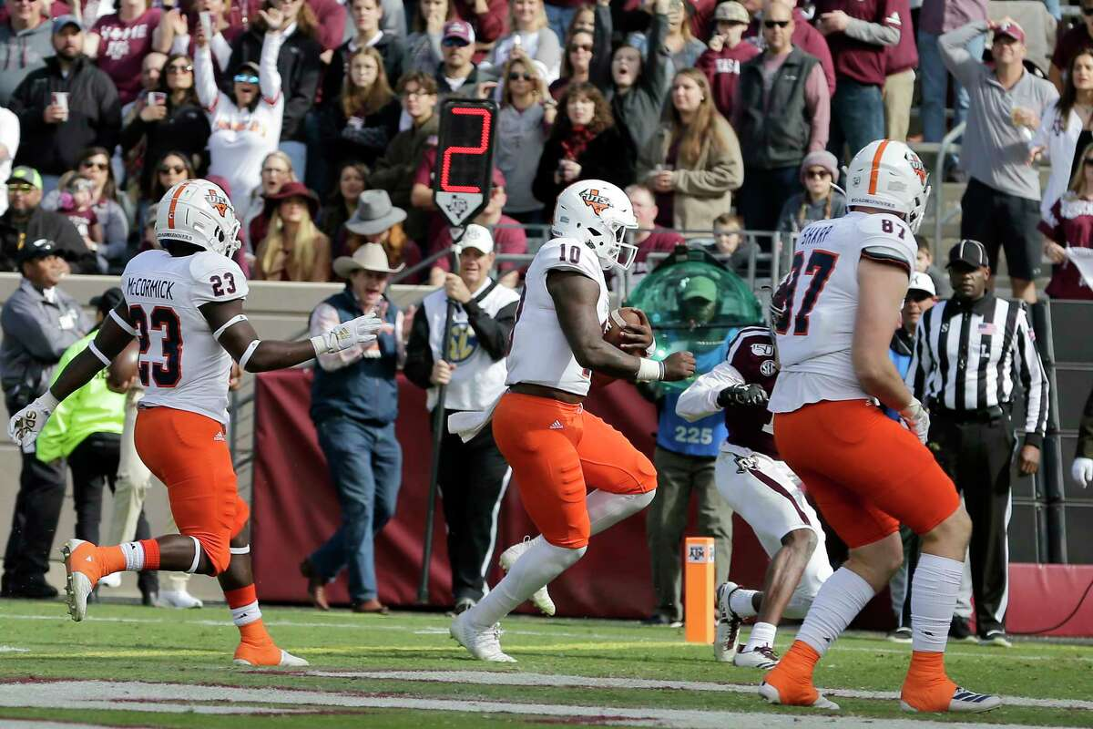 UTSA quarterback Lowell Narcisse (10) crosses the goal line for a touchdown against Texas A&M during the first quarter of an NCAA college football game, Saturday, Nov. 2, 2019, in College Station, Texas. (AP Photo/Sam Craft)
