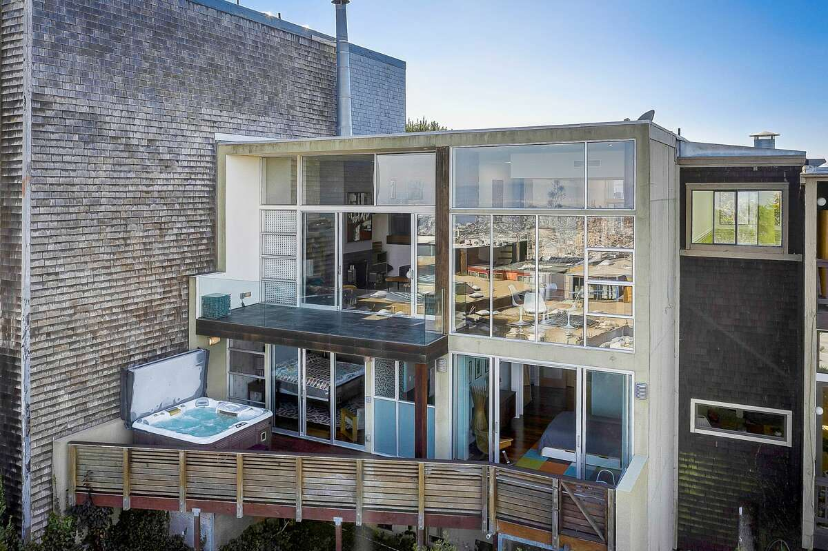 Like a luxury spaceship in the sky, 9 Ora Way is a mid-century stunner asking $3.4M