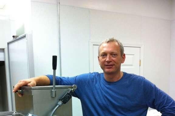 Renato Sardo at his Oakland company Baia Pasta