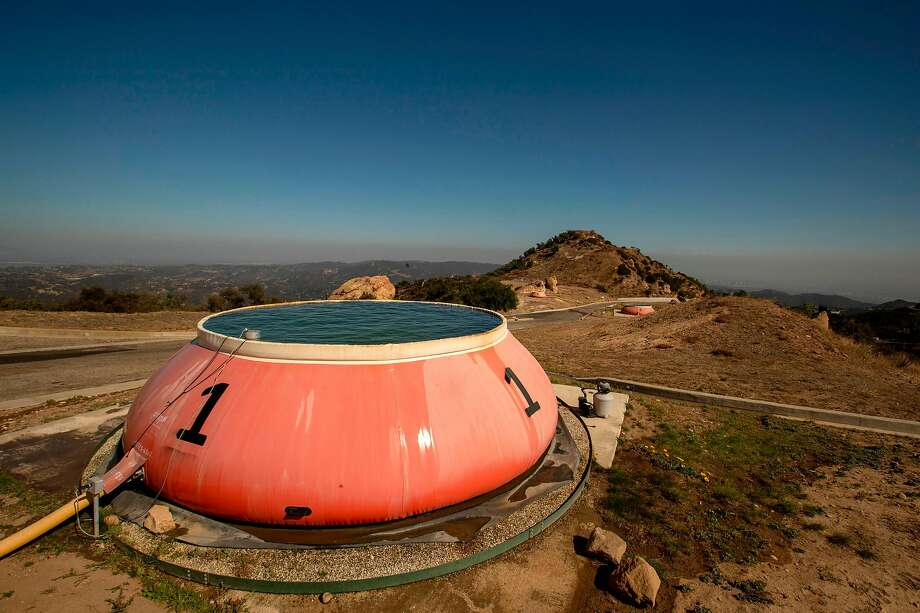 A 6,000 gallon 'pumpkin' at Los Angeles County helispot 69 Bravo, a helicopter outpost in the Santa Monica Mountains used to fight wildfires atop Saddle Peak in the Santa Monica Mountains, Calif., on Oct. 29, 2019. (Brian van der Brug/Los Angeles Times/TNS) Photo: Brian Van Der Brug / TNS