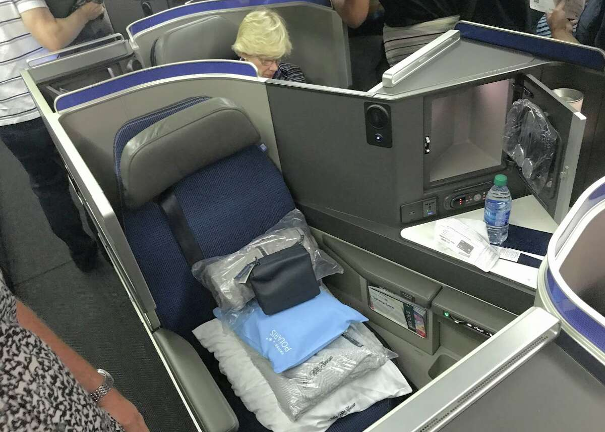 Polaris business class aisle seat on Newark-Naples