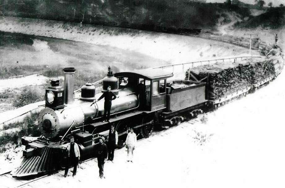 A Manistee and Grand Rapids train on the Filer City curve in this photograph from the 1890s.