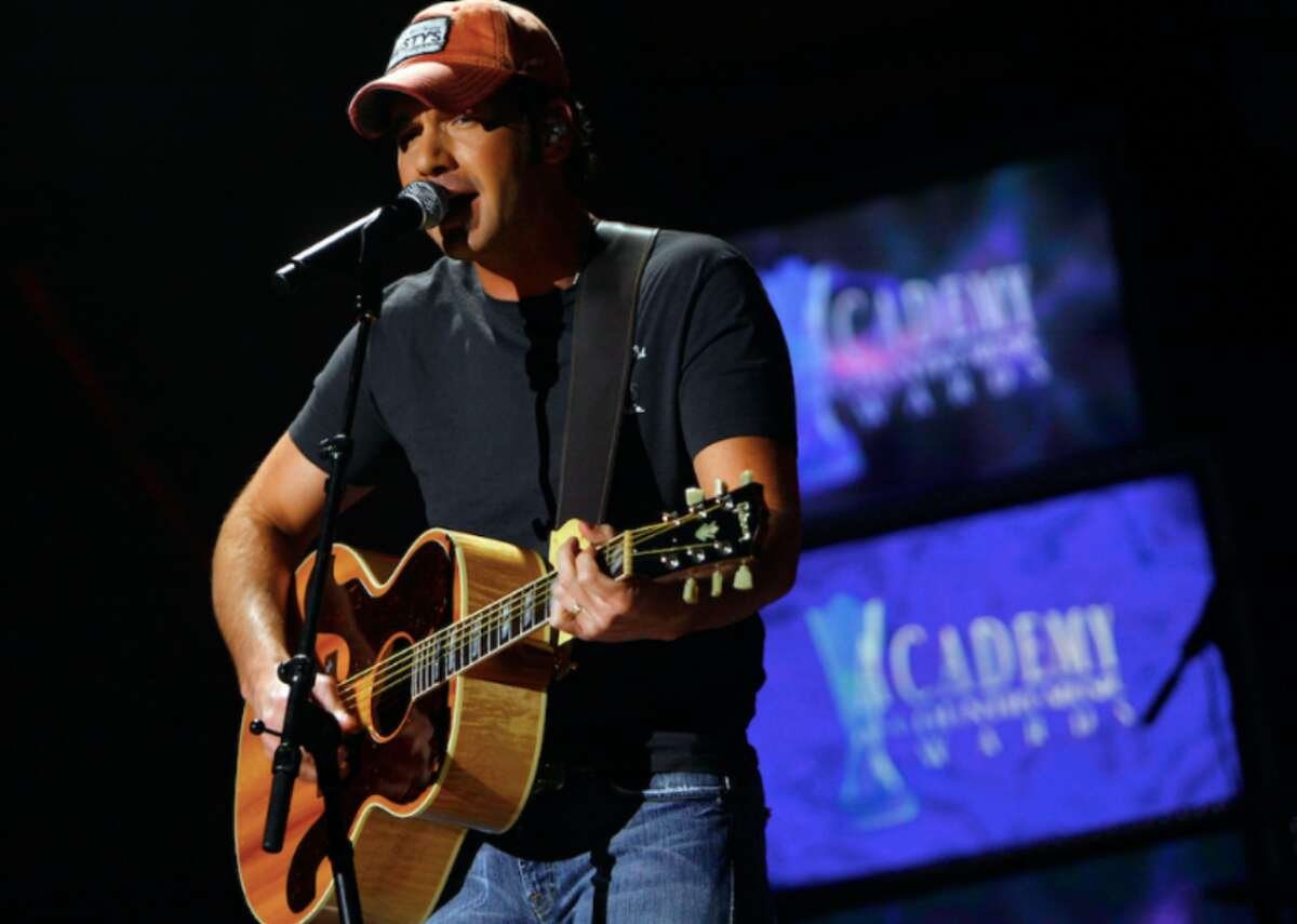 Rodney Atkins will close out the Laredo International Fair and Exposition on Saturday night.