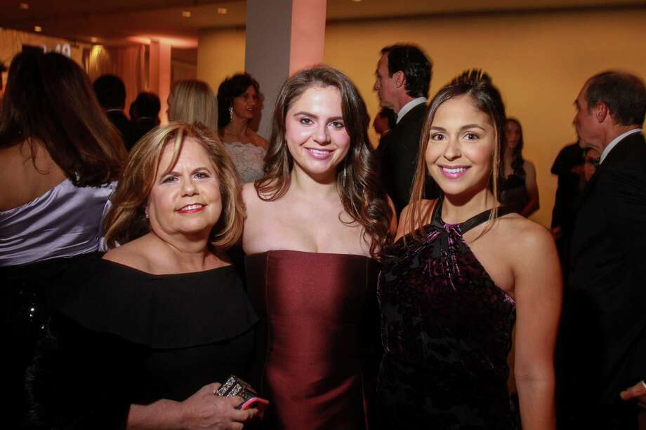 Mary Arocha, from left, Lauren Arocha and Gabriella Caballero at the Museum of Fine Arts Houston's Latin American Experiences Gala on November 2, 2019. Photo: Gary Fountain, Contributor / Copyright 2019 Gary Fountain
