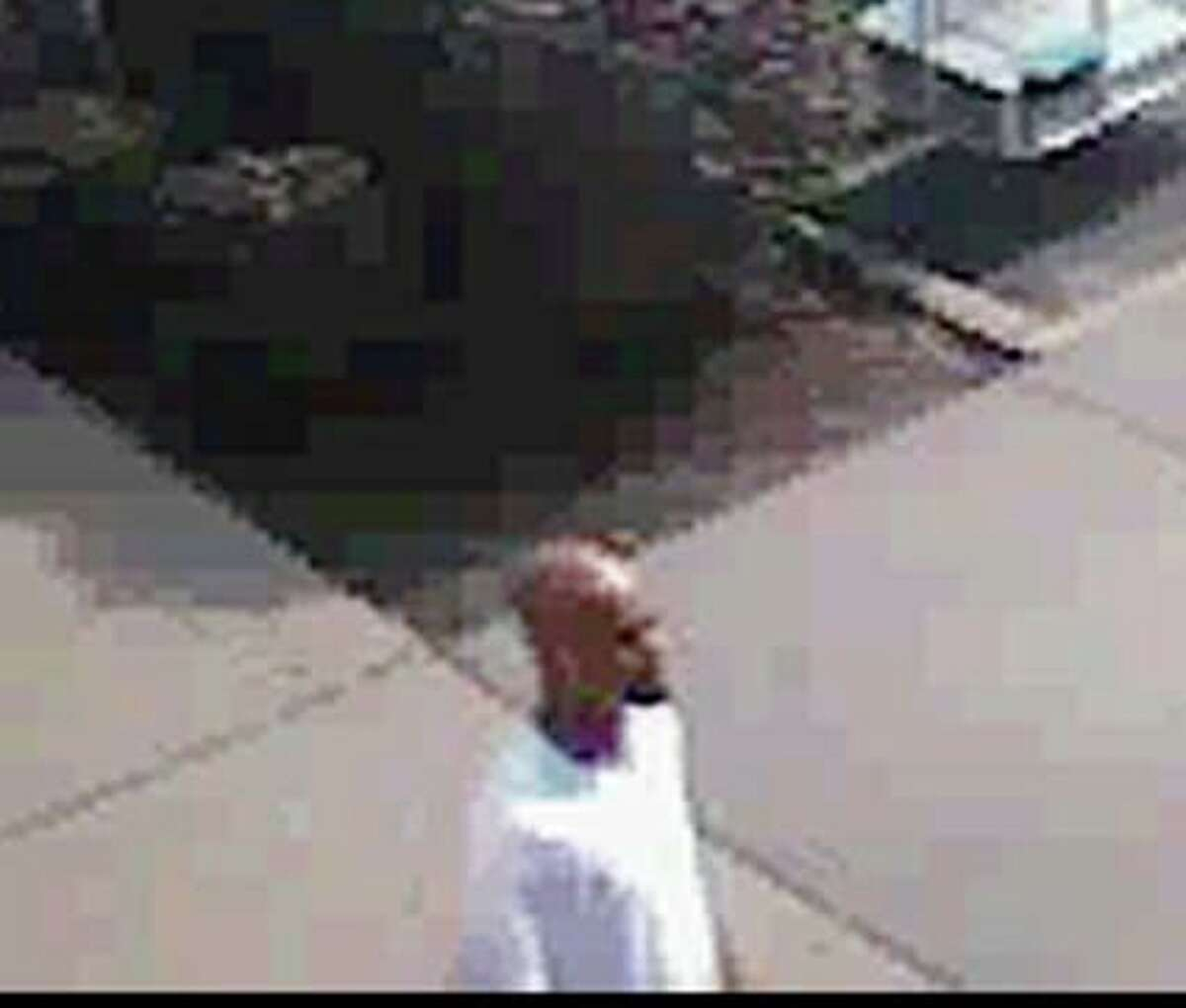 This is an image of the suspect in the robbery/shooting, which occurred Oct. 10, 2012 at Stop & Shop on Connecticut Ave. in Norwalk.